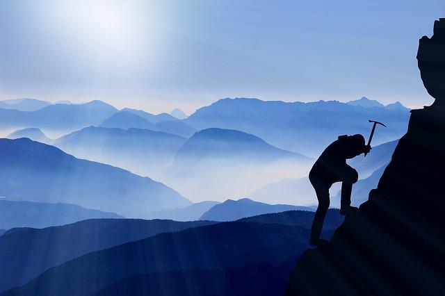 horolezec na hoře